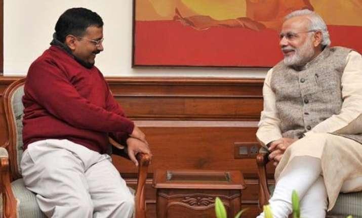 kejriwal meets pm modi complains against delhi police