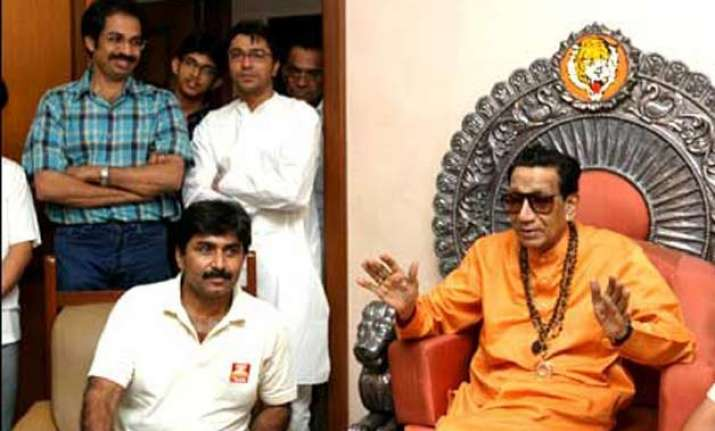 shiv sena was reminded of bal thackeray s meeting with