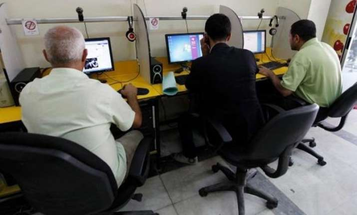 congress seeks probe into trai releasing 1 mn e mail ids