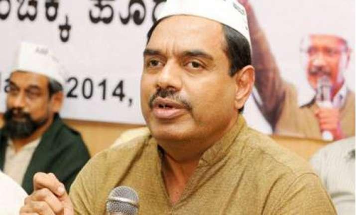 infosys ex honcho balakrishnan seeks to change system
