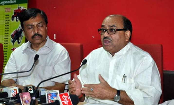jd u leaders resent ls poll tickets to party hoppers