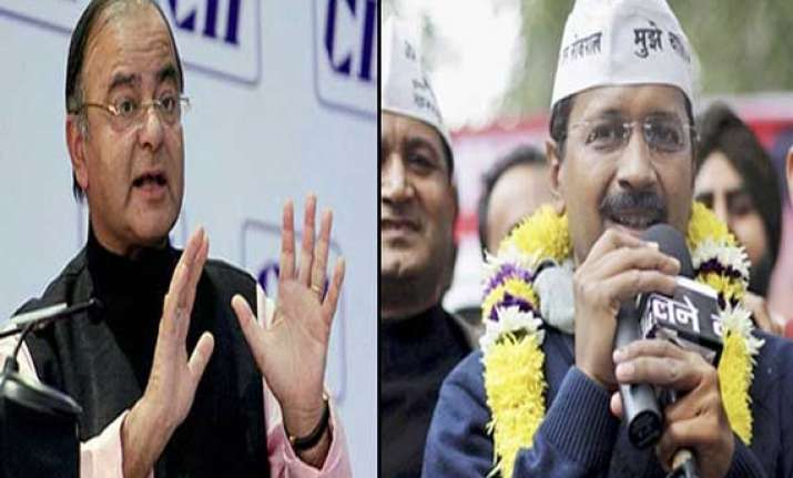 jaitley hit outs at kejriwal for media comments