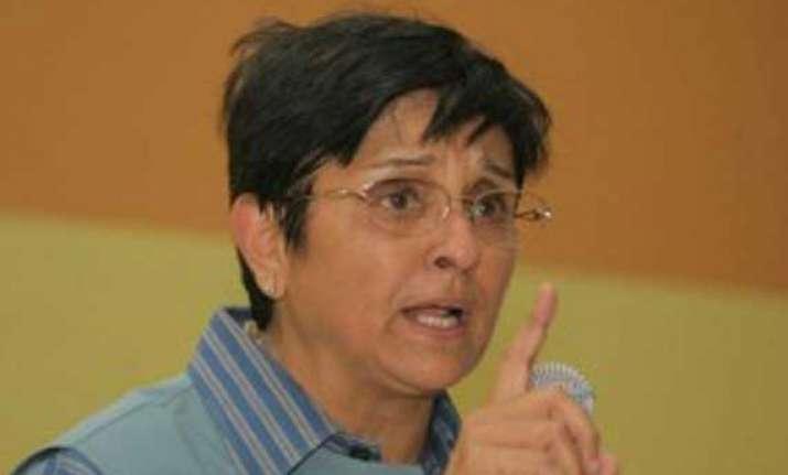 jan lokpal bill kiran bedi attacks kejriwal on his