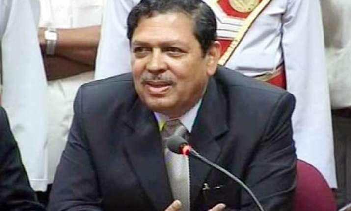 jan lokpal bill offers immunity only to president santosh