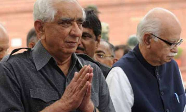 jaswant singh meets advani leaving people speculating
