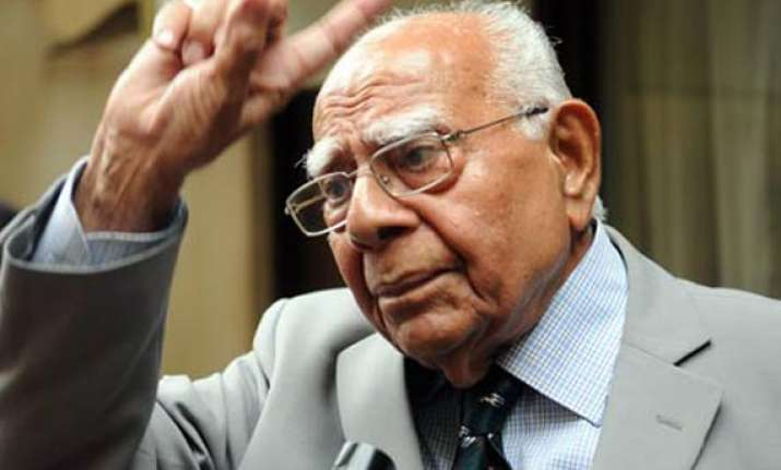 jethmalani threatens to expose undesirable elements in bjp