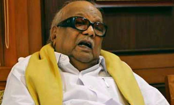 karunanidhi backs chidambaram