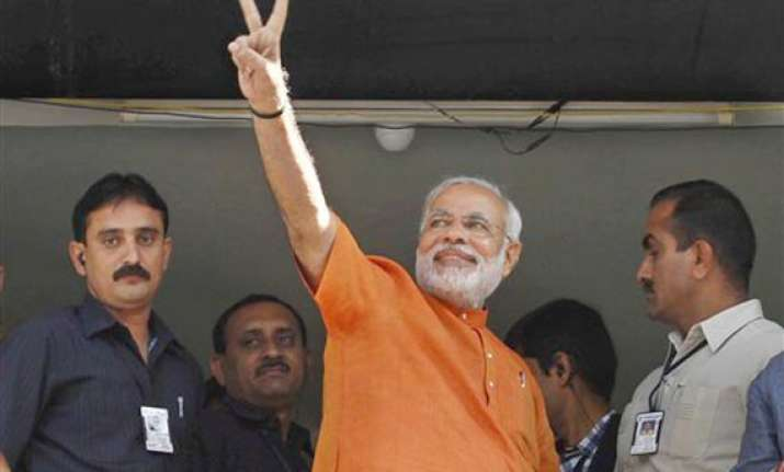 keshubhai modi leading in respective seats