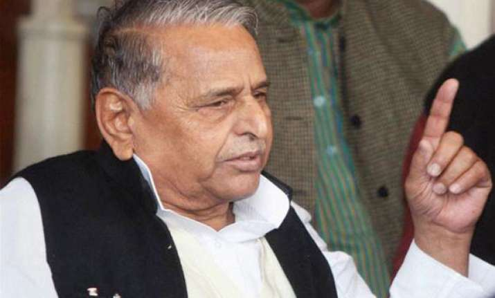 ls polls to see direct contest between bjp sp in up mulayam