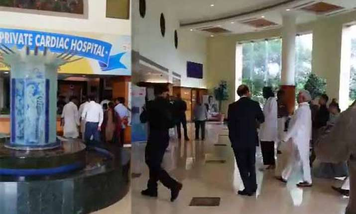 lalu prasad hospitalized in mumbai