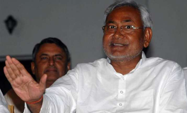 lalu has become unemployed that s why he is making vulgar