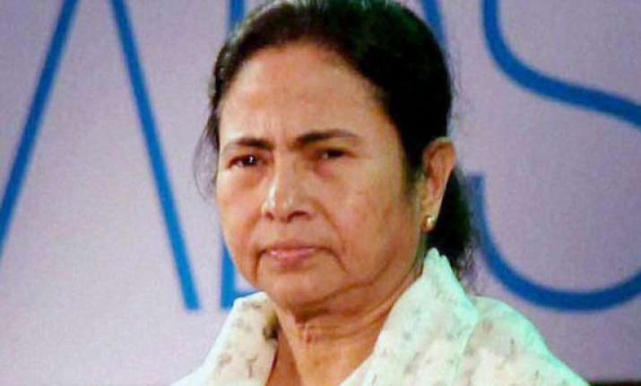 left issues charge sheet against mamata government