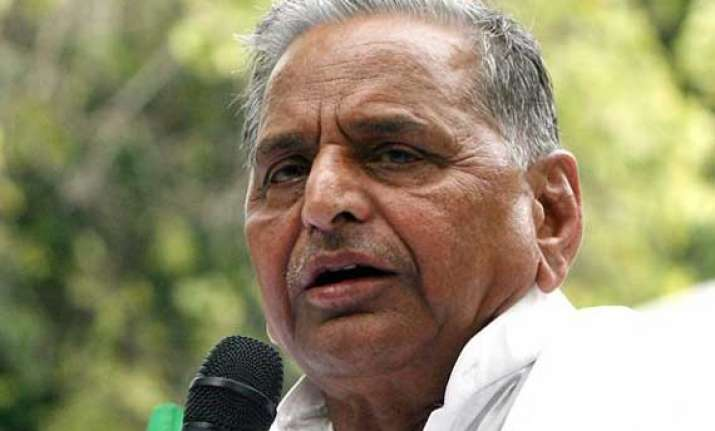 live reporting mulayam singh asks up voters to at least