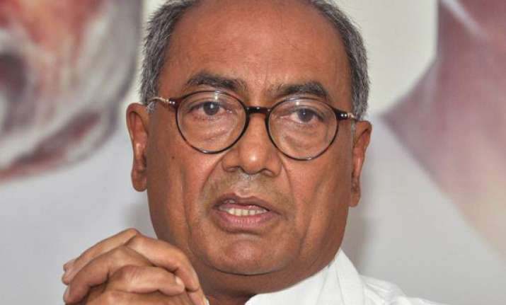mp govt has links with mining mafia alleges digvijay