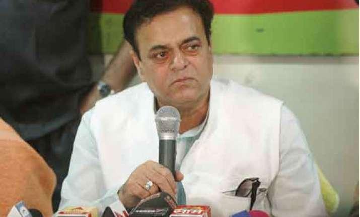 maharashtra assembly polls sp eyes congress ncp fold