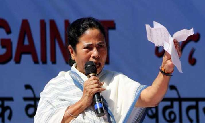 mamata banerjee accuses narendra modi of instigating