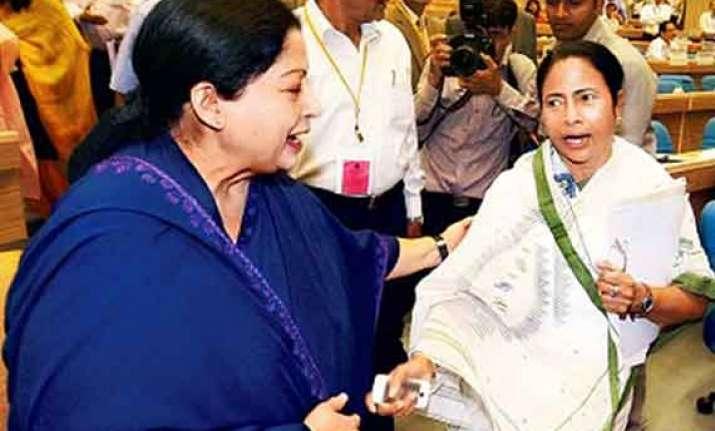 mamata jayalalithaa keen to block modi as pm