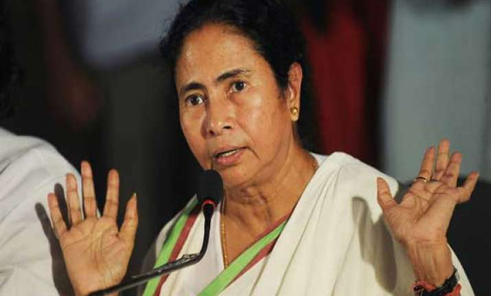 mamata defends tmc protest in parliament