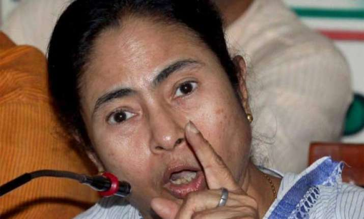 mamata faces protests loses cool during visit to barasat