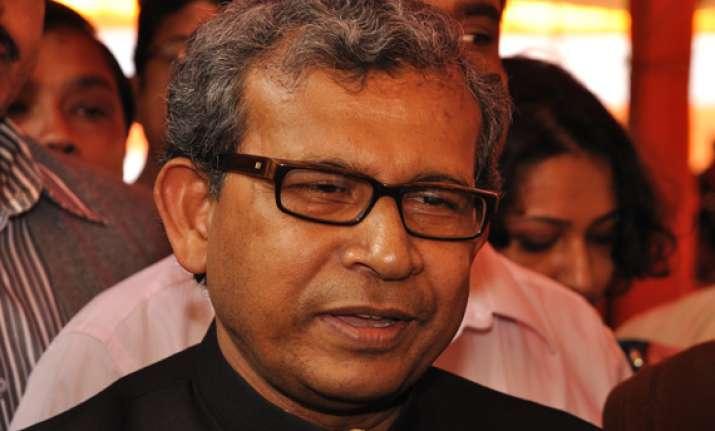 manas congratulates sonia for nominating pranab