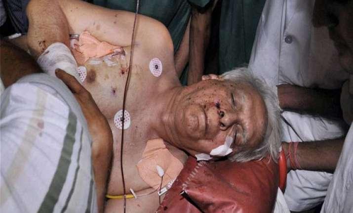 maoist attack senior congress leader v.c. shukla succumbs