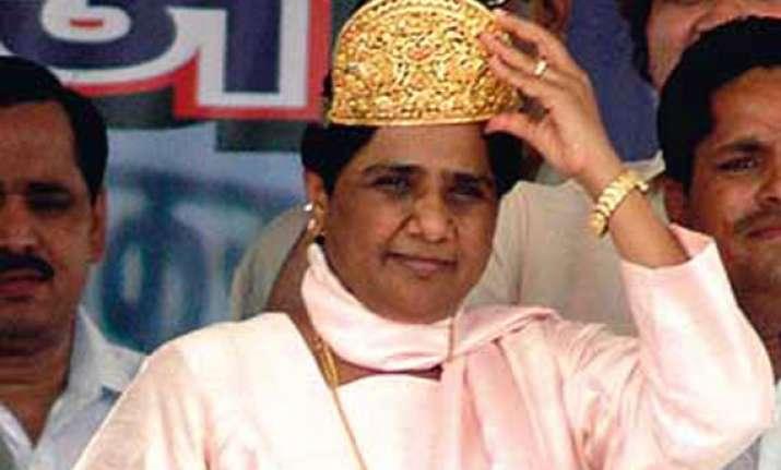 mayawati predicts hung parliament says bsp will be king