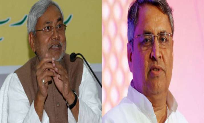 minister asks bjp/nda leaders to laud nitish s resignation