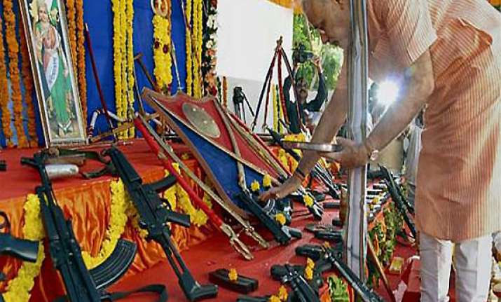 modi performs shastra puja on dussehra