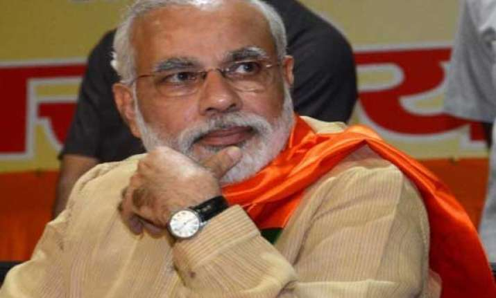 modi plays victim says his personal life caste under attack