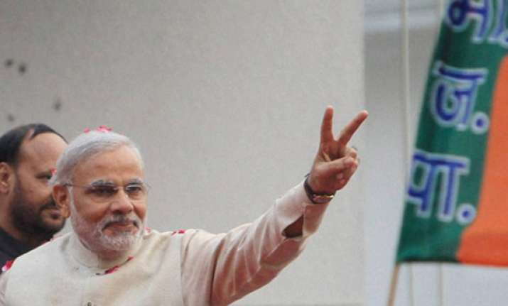 modi to meet bjp workers in vrindavan
