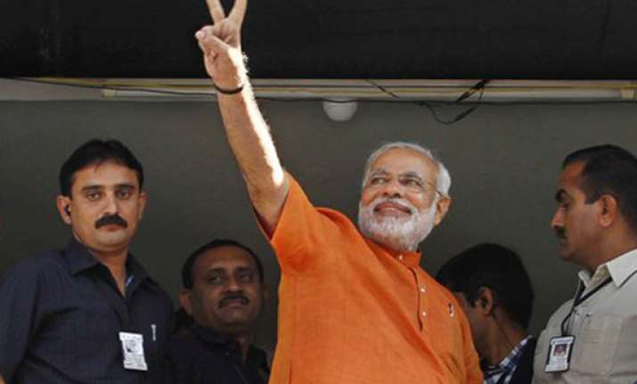 modi wins maninagar seat by 70 000 votes