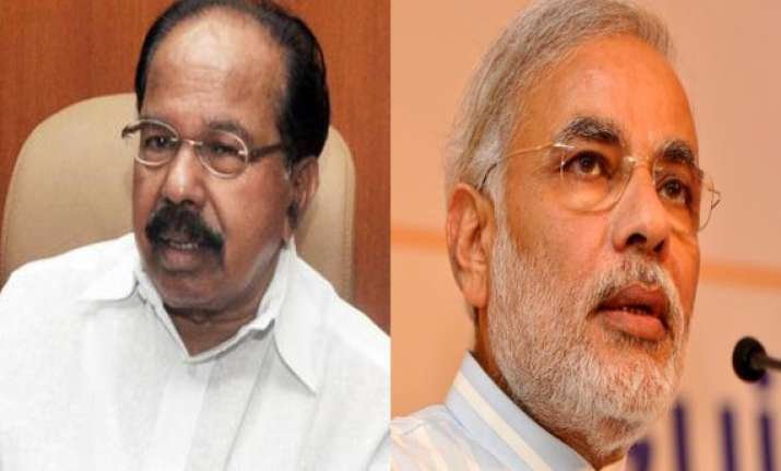 moily launches veiled attack on modi