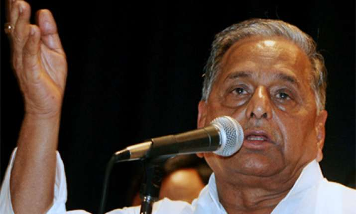 mulayam accuses cong of double speak on batla encounter case