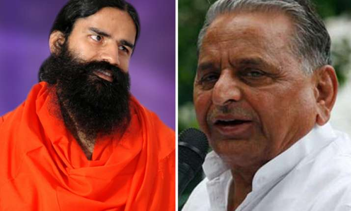 mulayam extends support to ramdev on black money issue