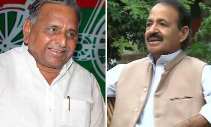mulayam is a bjp agent says congress spokesman rashid alvi