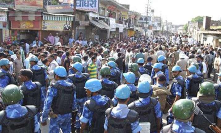 muzaffarnagar riots arrest warrants against bjp bsp leaders
