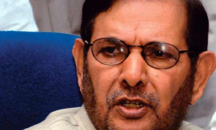 nda concerned congress gleeful over advani