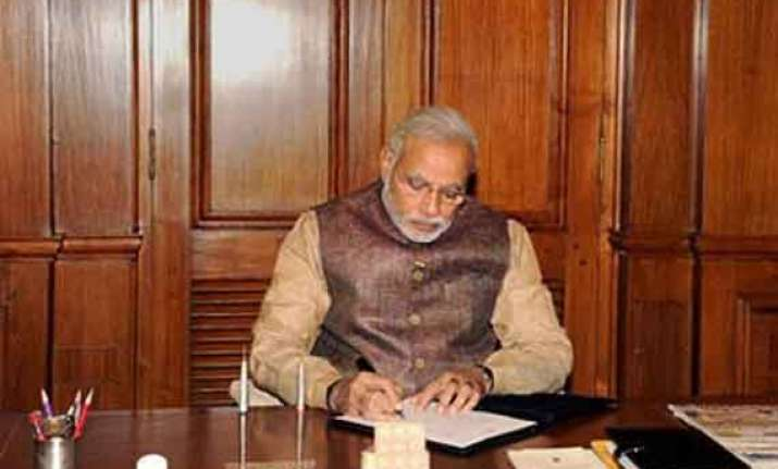 narendra modi reviews progress of monsoon