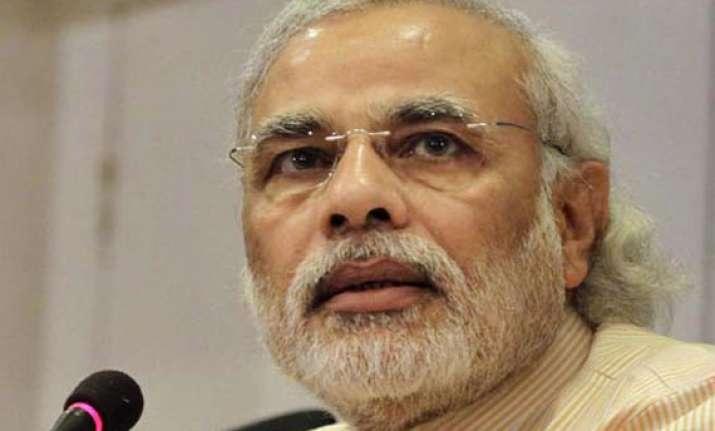 narendra modi to meet patna blast victims on saturday