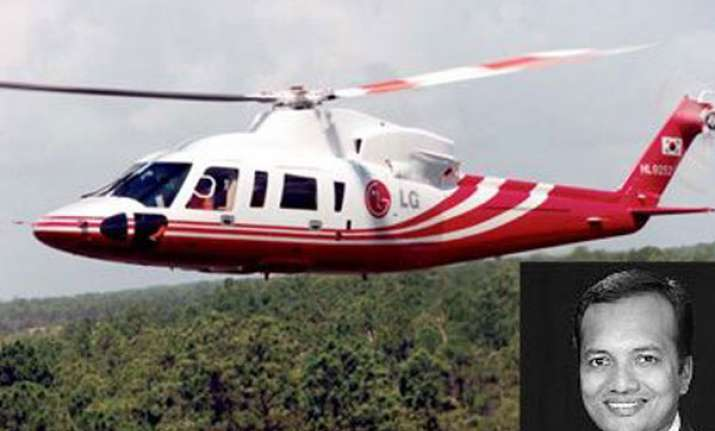 naveen jindal s chopper makes emergency landing
