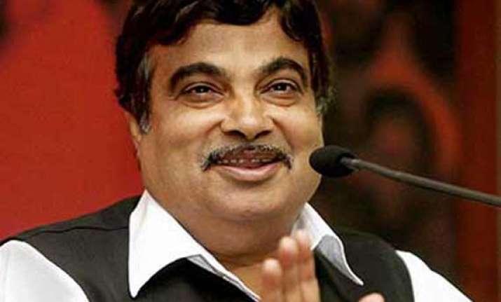 nitin gadkari rules out bjp forming govt in delhi