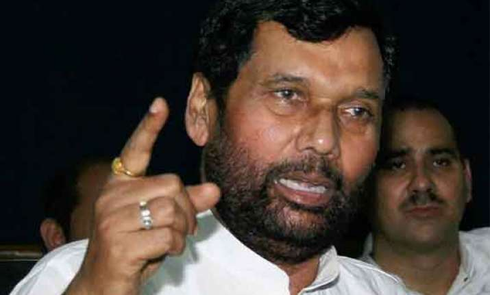 nitish kumar government will fall after polls paswan