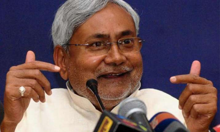 nitish kumar targets modi s gujarat development model