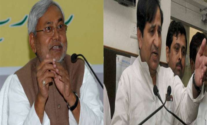 nitish doesn t want to work as cm with modi as pm congress