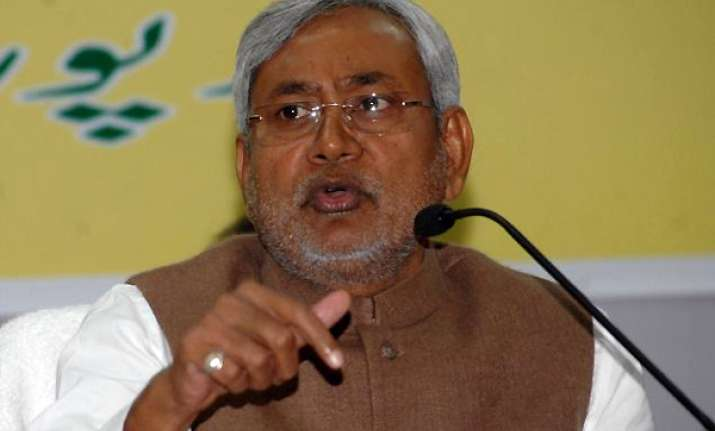 nitish writes to centre seeking special status to bihar