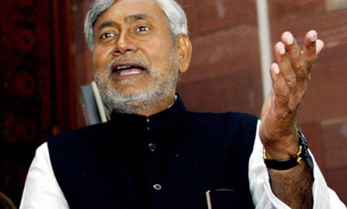 nitish recommends cbi probe into ranvir sena chief killing