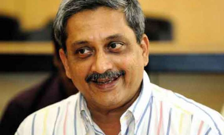 no bikini ban on goa s beaches cm manohar parrikar
