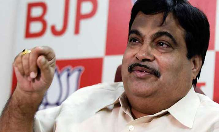 no direct indirect alliance with sp bsp in up says gadkari