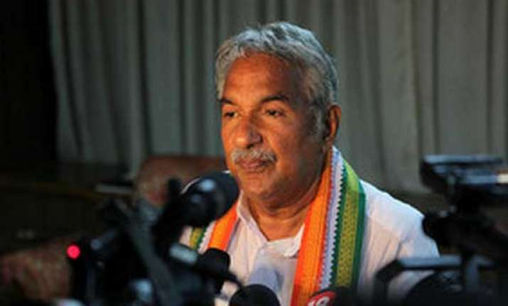 oommen chandy to finalise cabinet rejig in delhi