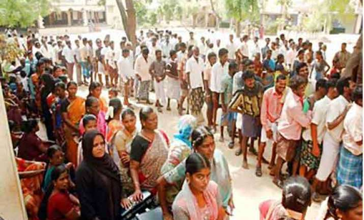 over 41.2 pc polling recorded in west bengal 18 in bihar